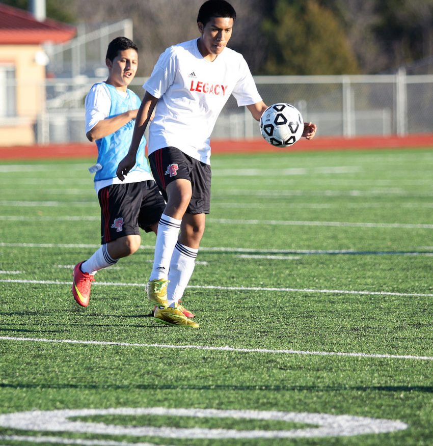 Sophomore_Boys_Soccer_Scrimmage 02102015TPerrin_11